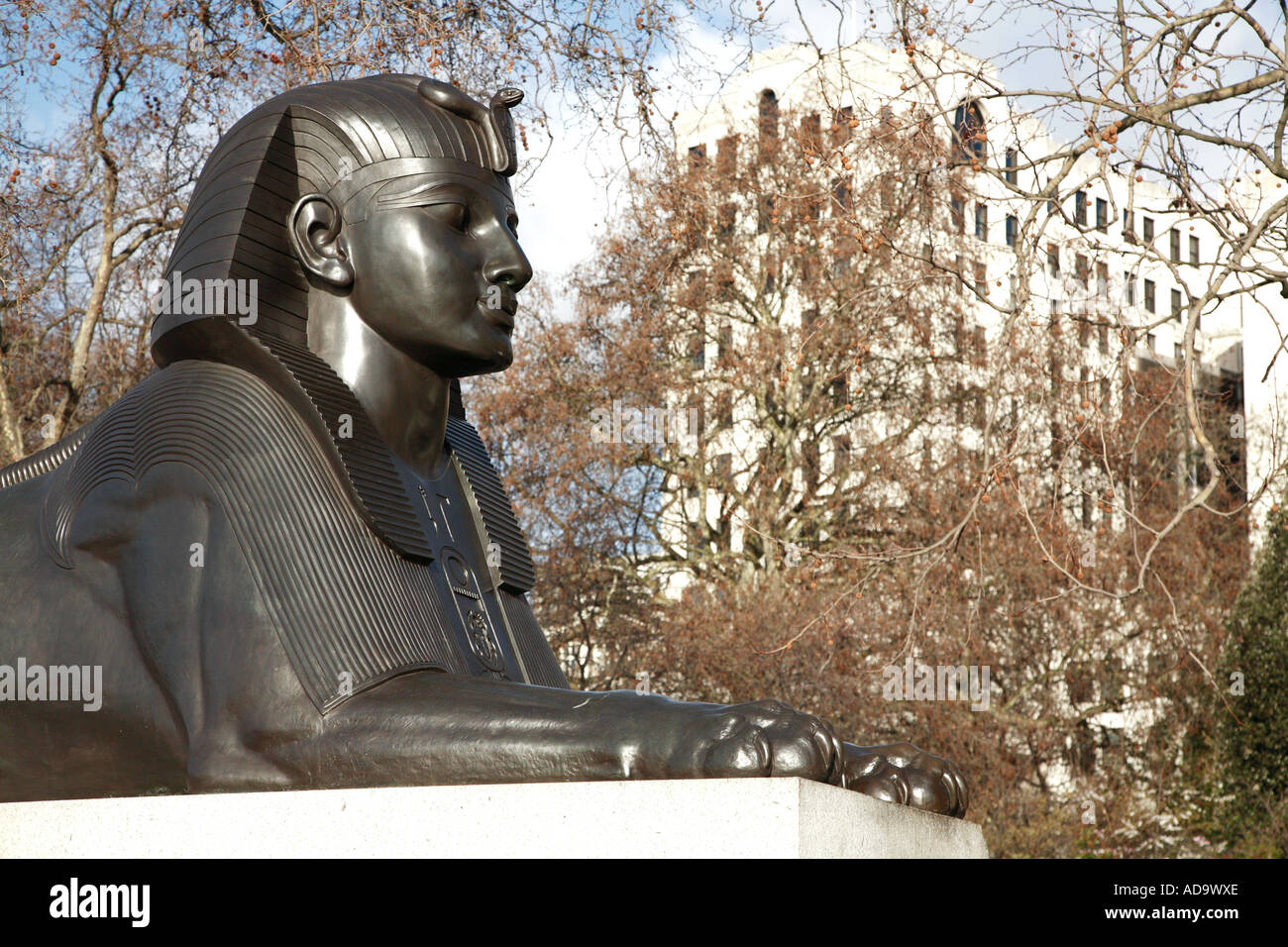 Sphinx sculpture at Cleopatras Needle - Stock Image