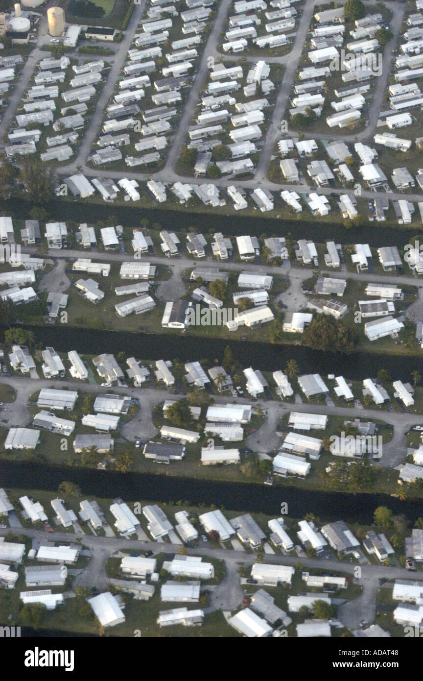 Awesome Aerial View Of Mobile Home Park South Florida Stock Photo Download Free Architecture Designs Oxytwazosbritishbridgeorg