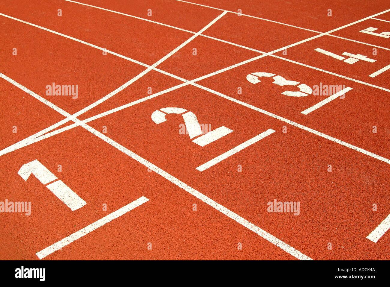 running course in a stadium Tartanbahn Start - Stock Image