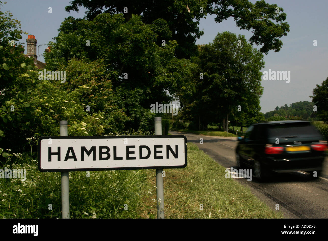Hambleden Sign at the entrance to the village - Stock Image