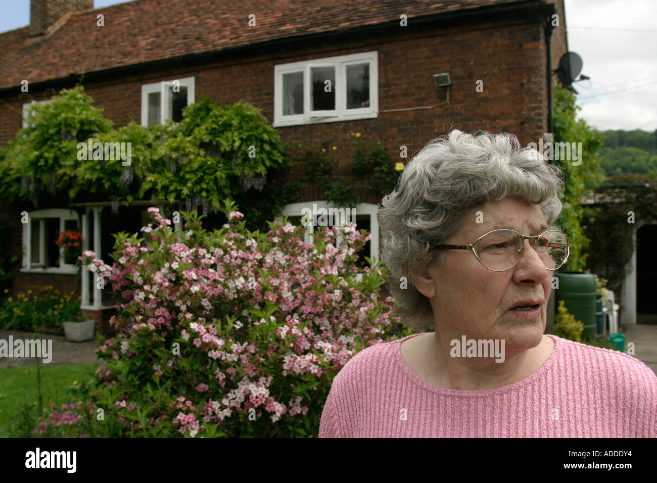 Millie 78 has lived in Hambleden village most of her life During World war Two she worked in a heavy Ak Ak team in Plymouth. - Stock Image