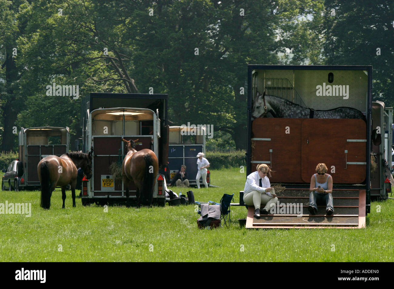Hambleden Riders take a break preparing for the South Oxfordshire Riding Club's Open Show - Stock Image