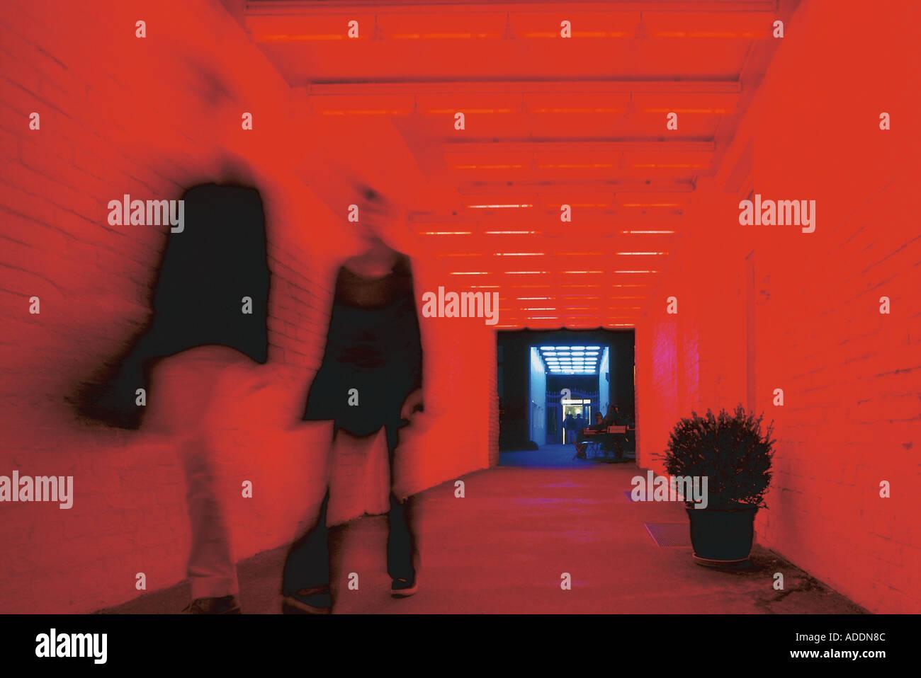 Neon-Installation, in den Sophie-Gips-Hoefen Berlin, Deutschland - Stock Image