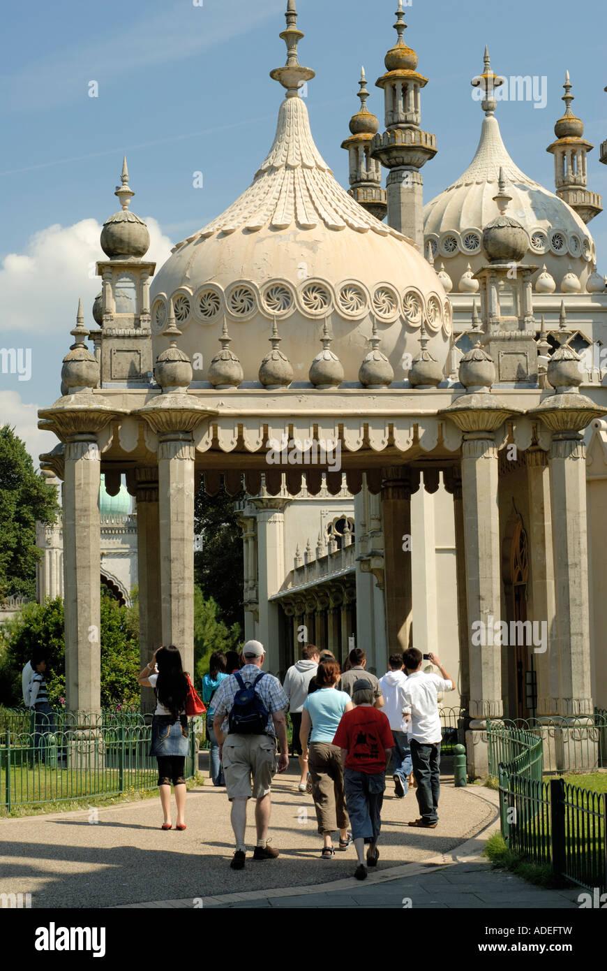 Brighton, the Royal Pavilion. Regent's Palace. Visitors entering front entrance. Stock Photo
