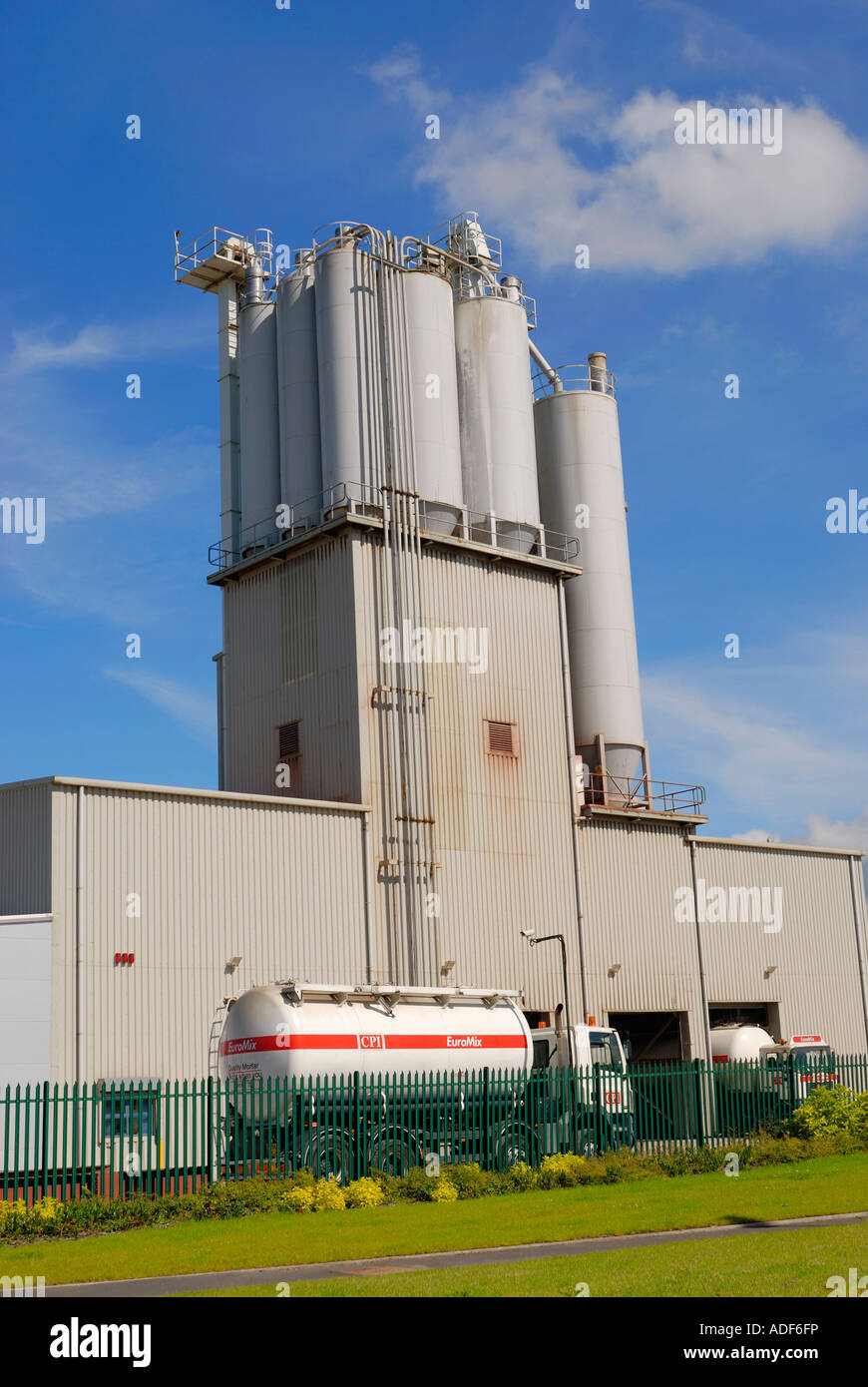 Euromix concrete and mortar plant at Cadishead and Irlam industrial park Manchester UK - Stock Image