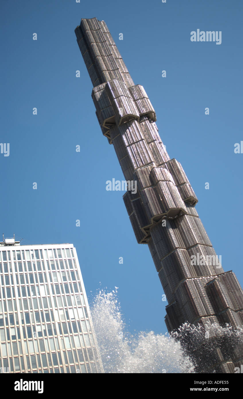 Stockholm. Sweden. Modern sculpture and fountain in the commercial centre. - Stock Image