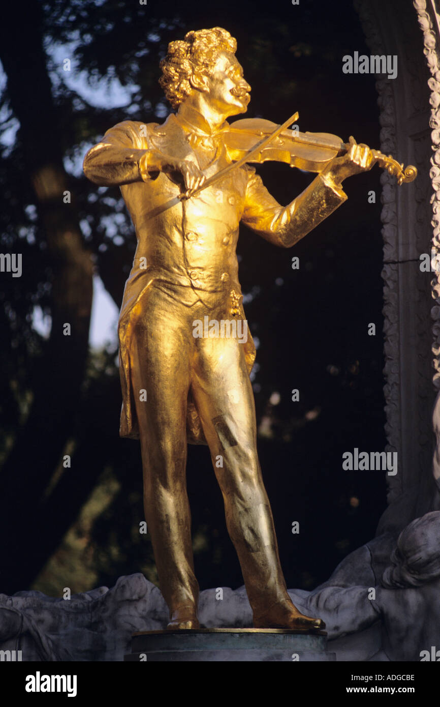 Strauss Statue Stadtpark Vienna Austria Stock Photo
