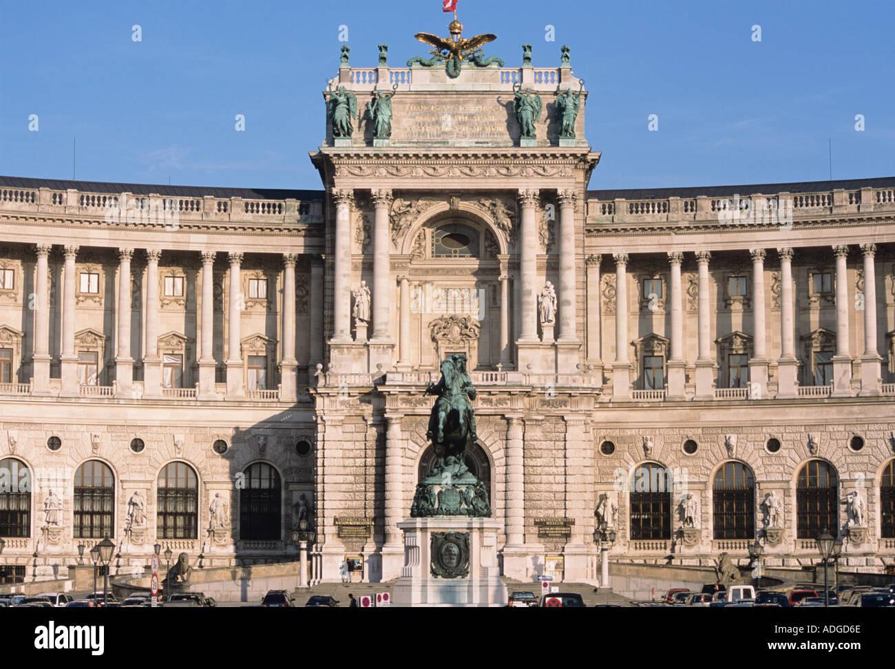 Hofburg Palace Heldenplatz Vienna Austria - Stock Image
