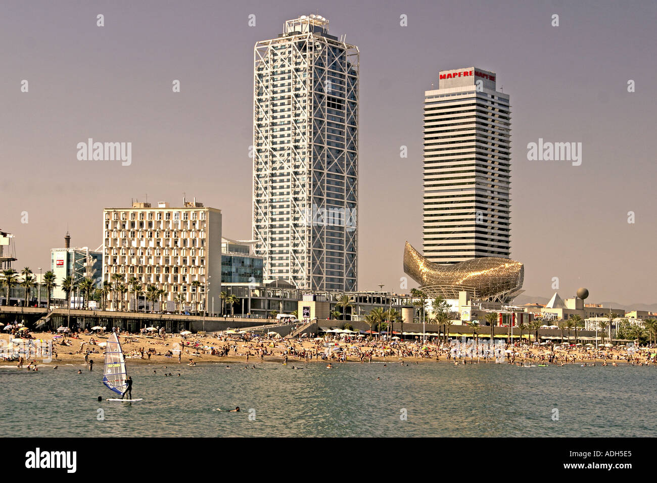 Barcelona Passeig Maritim playa Frank Gehry buidling Stock Photo