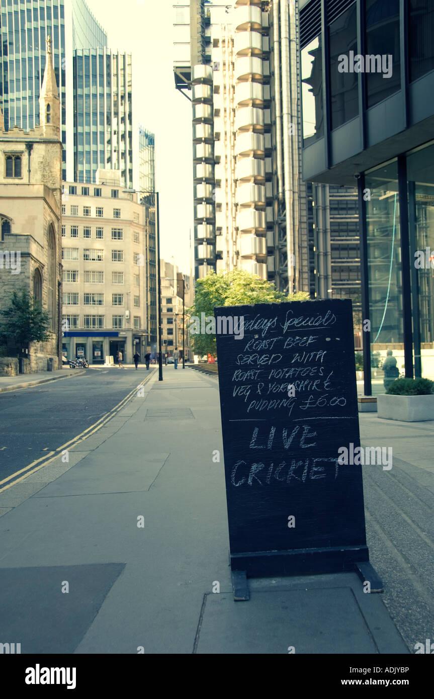 hand written menu chalkboard outside city of london public house - Stock Image