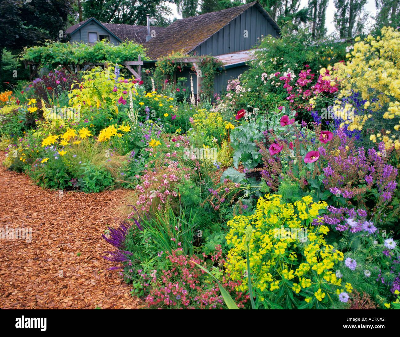 C8.alamy.com/comp/ADK0X2/flower Gardens At Northwe...