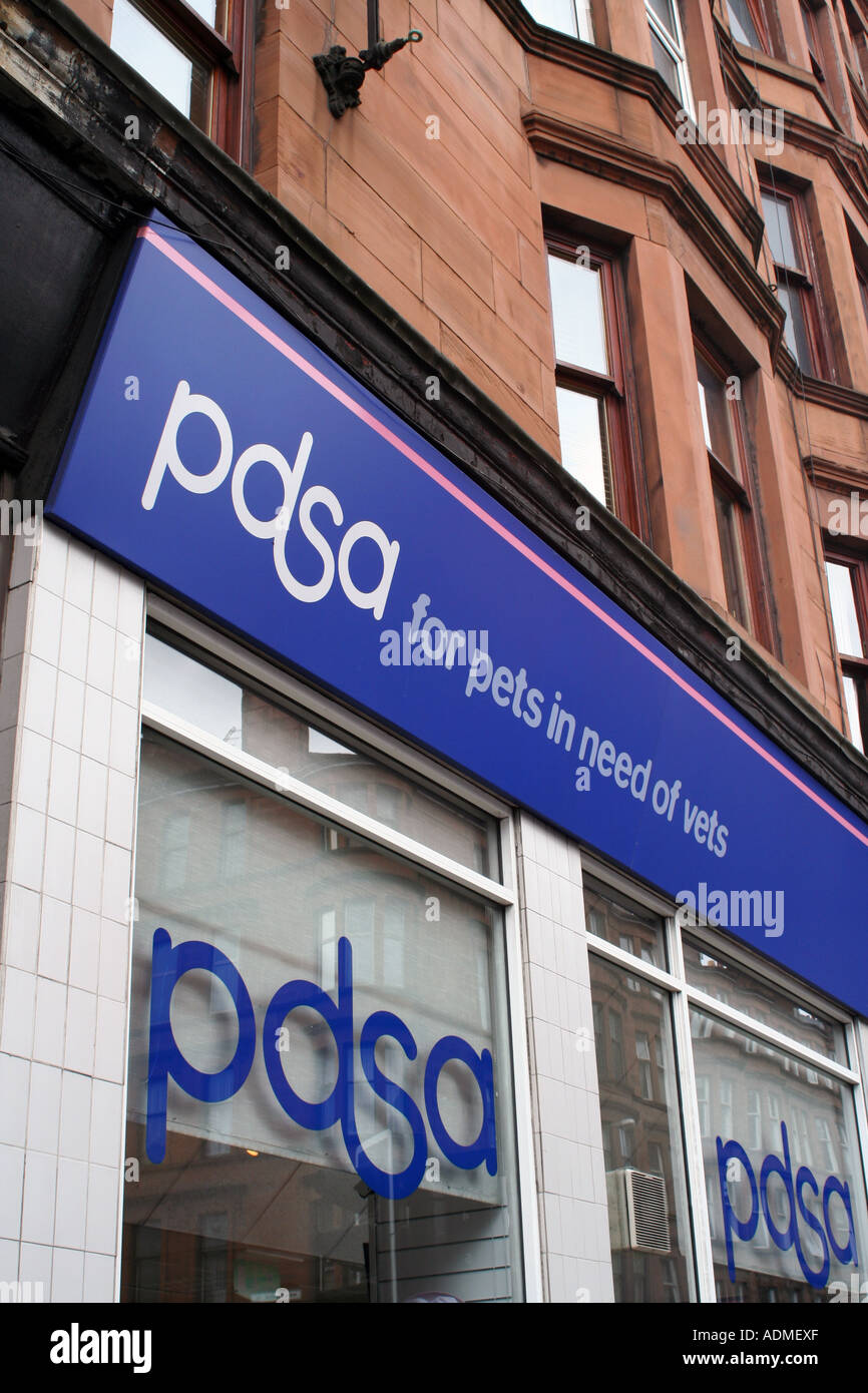 PDSA (Peoples Dispensary for Sick Animals) Shop, Glasgow, Scotland, United Kingdom. July 2006. - Stock Image