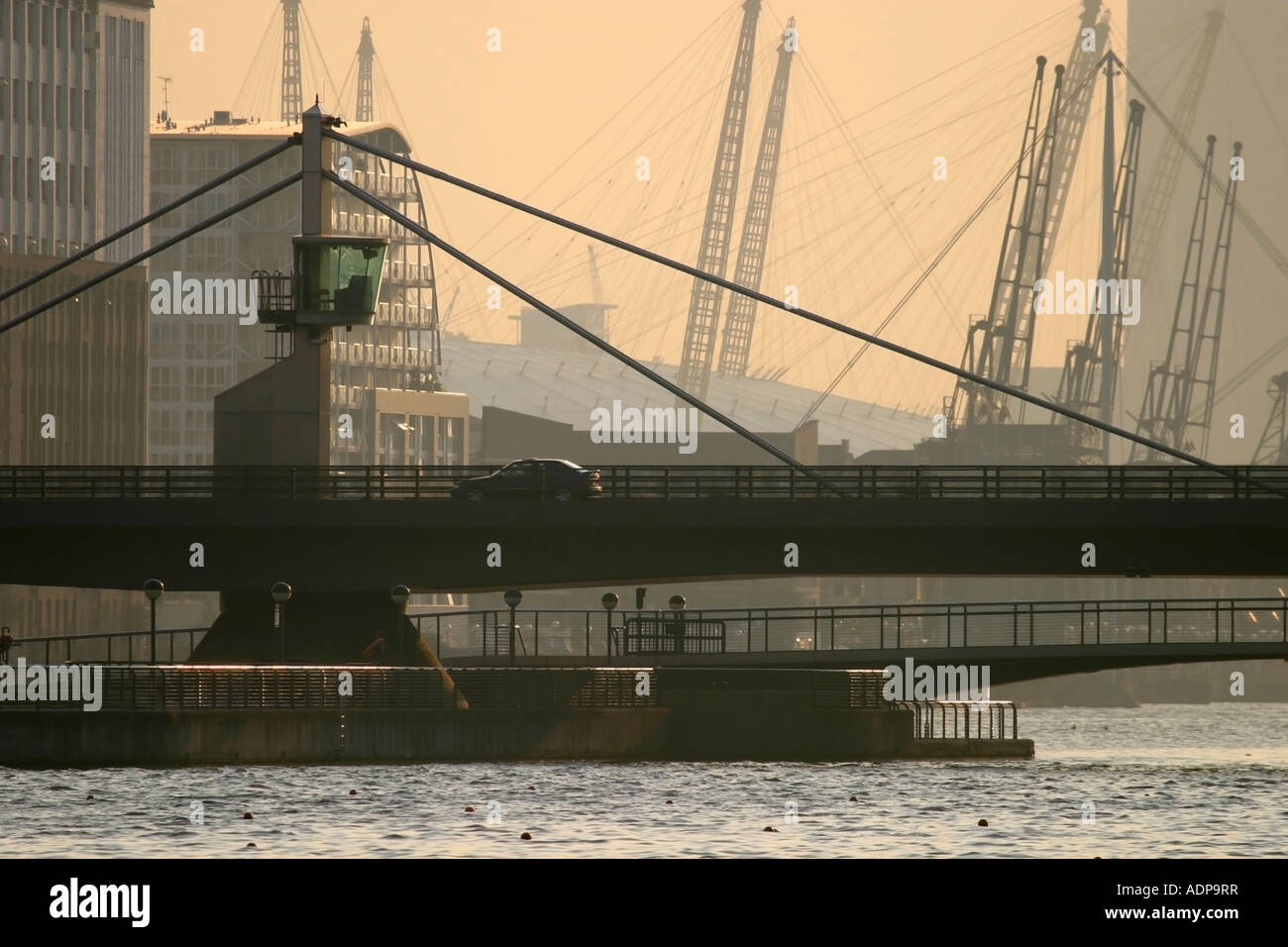 Connaught Bridge, Docklands, London, England, UK. - Stock Image