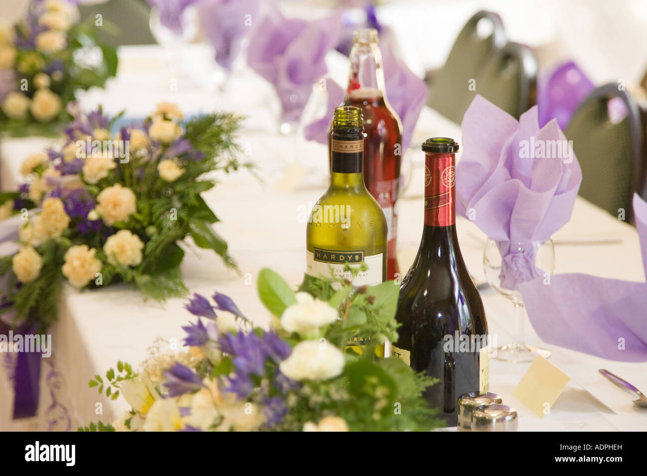 Main Table At Wedding Reception In The Uk Stock Photo 13471864 Alamy