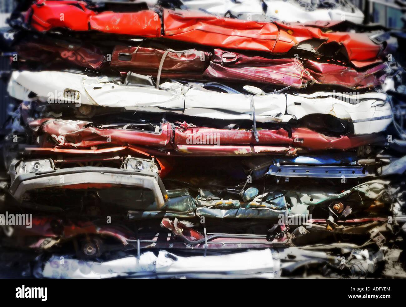 Junkyard full of smashed cars Stock Photo: 13475227 - Alamy