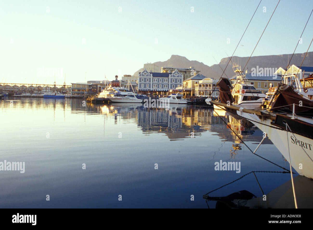 V&A Waterfront, view on Quay 4 und Pier Head, from Quay 5, Capetown (Kaapstad), Western Cape, South Africa - Stock Image
