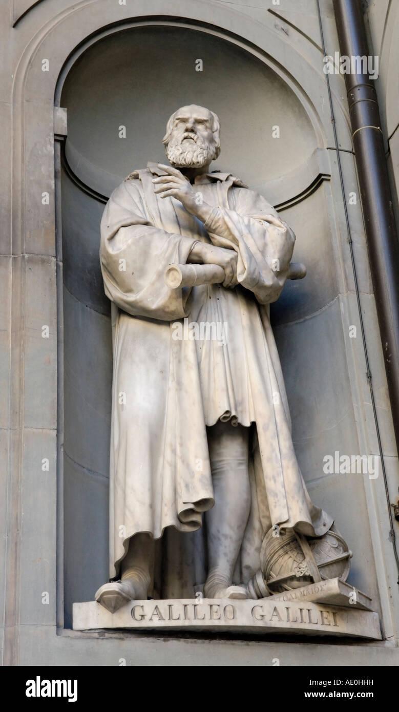 Galileo sculpture statue, Uffizi Gallery exterior, Florence - Stock Image