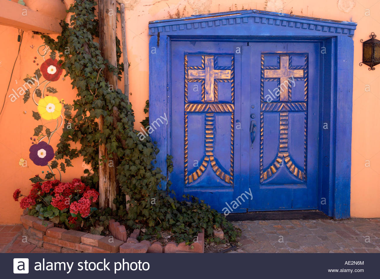 Blue Door and Ivy at Old Town Plaza Albuquerque New Mexico & Blue Door and Ivy at Old Town Plaza Albuquerque New Mexico Stock ...