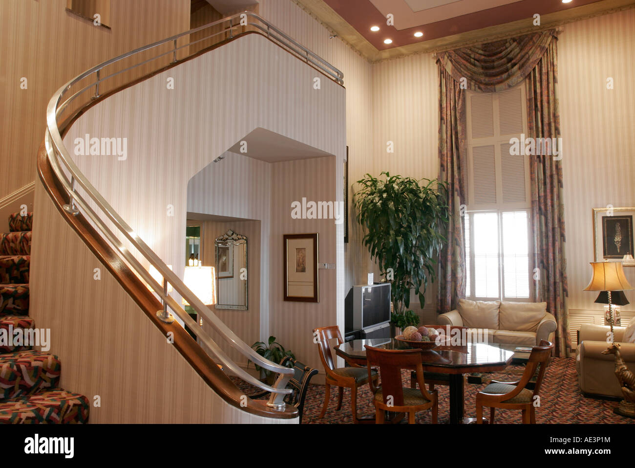 Ohio Cincinnati Hilton Netherland Plaza Presidential Suite