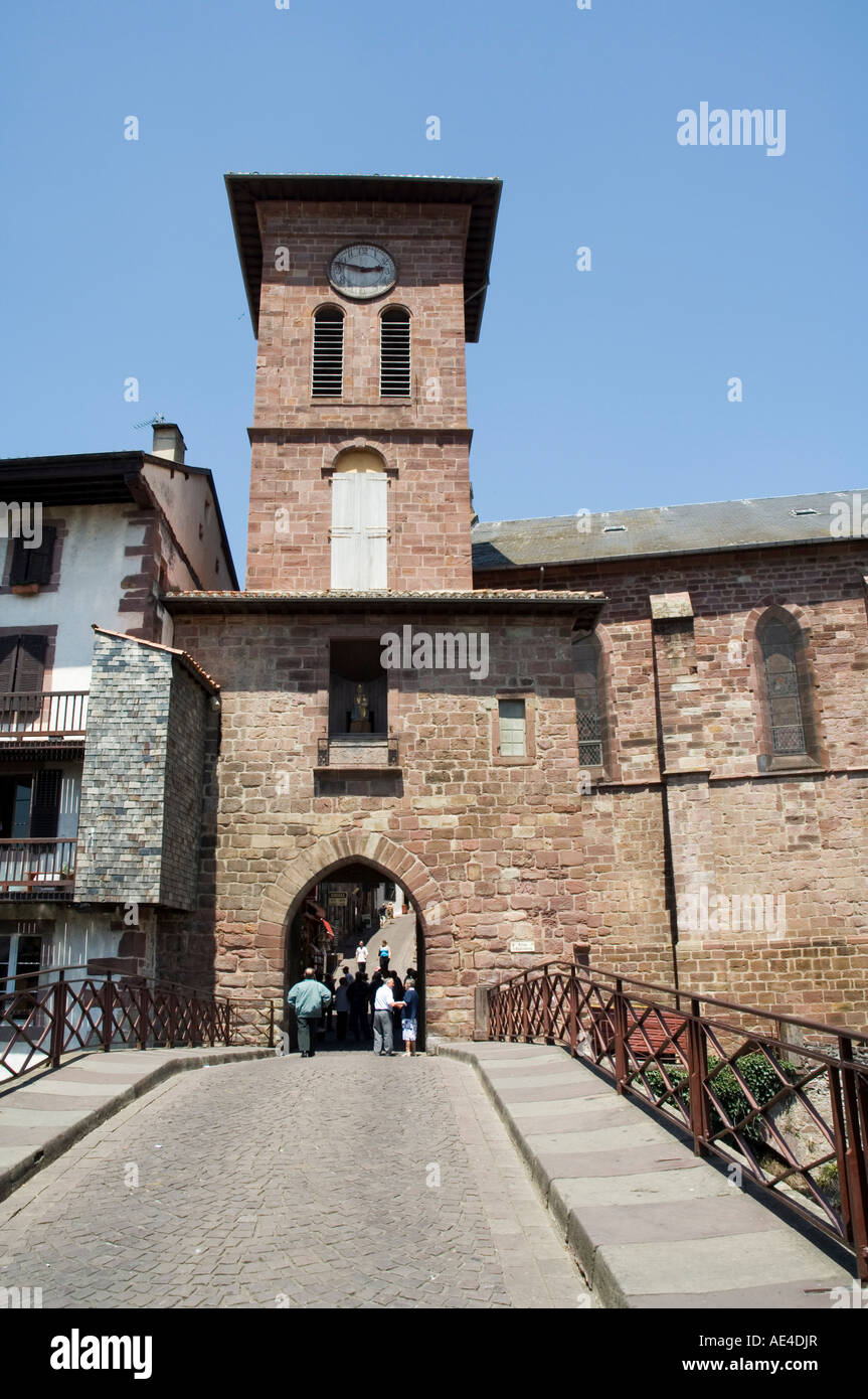 Church of Our Lady, St. Jean Pied de Port, Basque country, Pyrenees-Atlantiques, Aquitaine, France, Europe - Stock Image