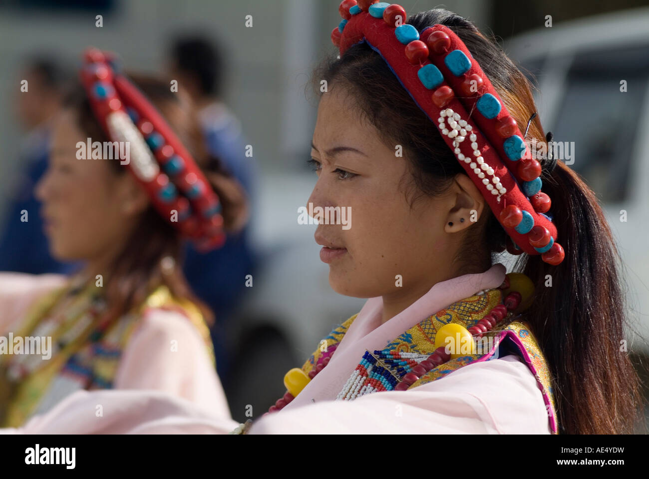 Dancer in traditional dress, Gyantse, Tibet, China, Asia - Stock Image