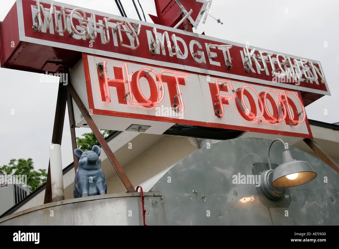 Mighty Midget Kitchen