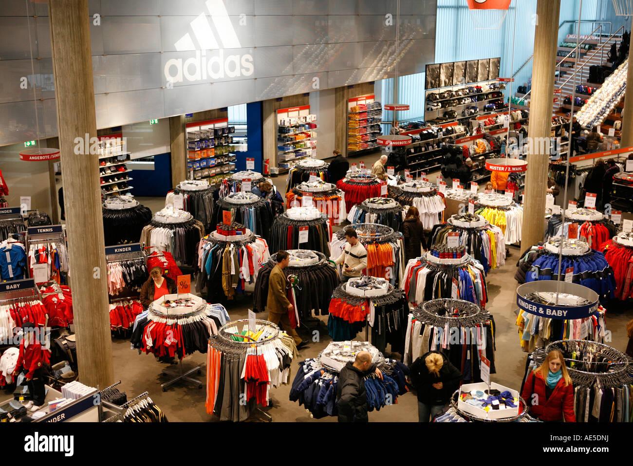 Adidas Shop Stock Photos & Adidas Shop Stock Images - Page 3 - Alamy