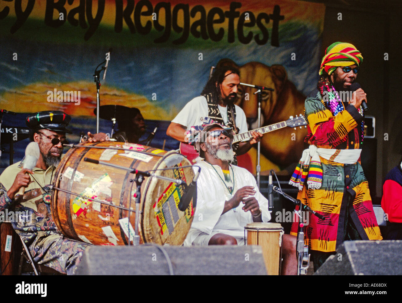 RAS MICHAEL and his BAND play at the MONTEREY BAY REGGAE FESTIVAL CALIFORNIA - Stock Image
