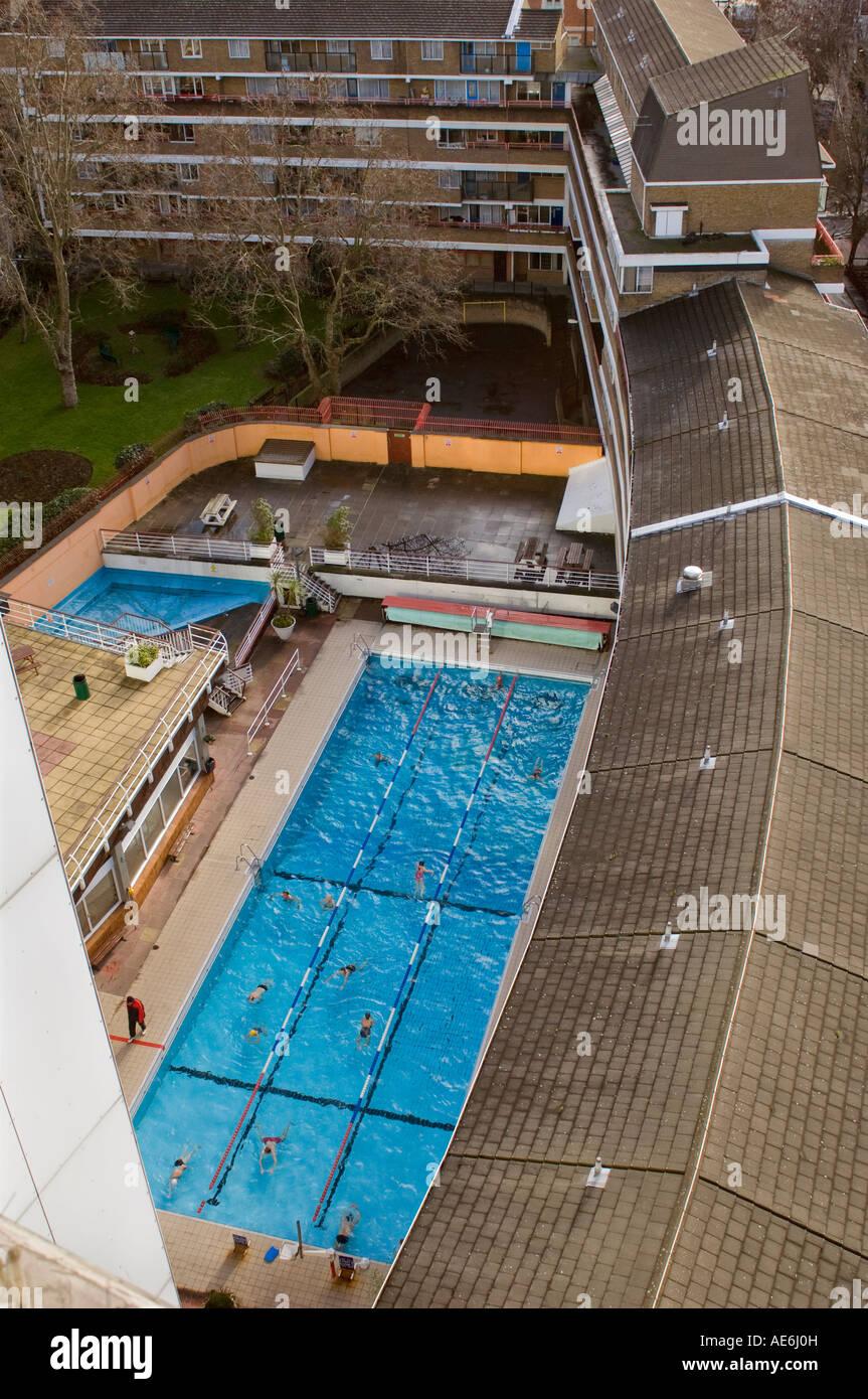 Oasis sports centre 32 endell street camden london uk - Outdoor swimming pool covent garden ...