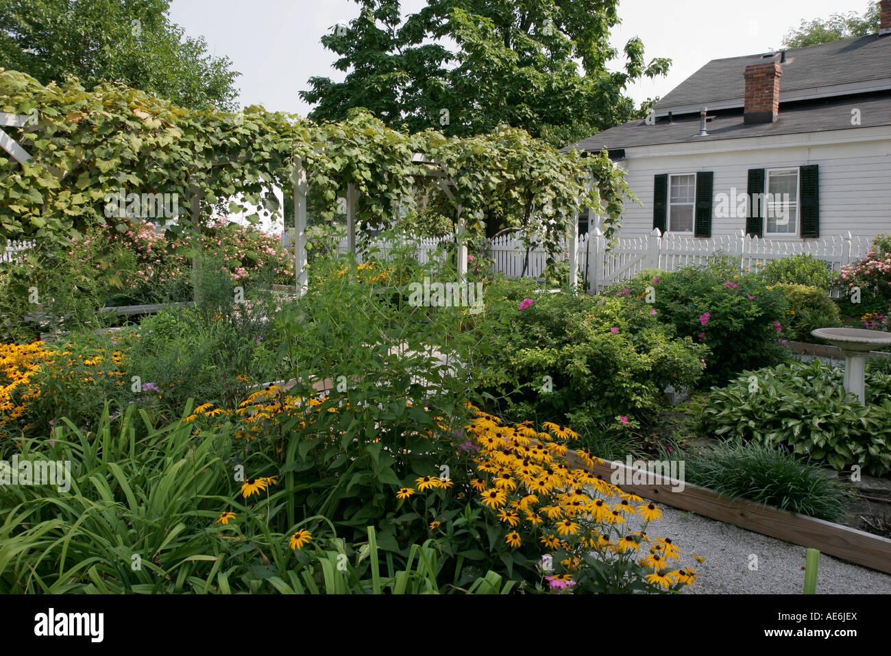 Toledo Ohio Maumee River Road Wolcott House Museum built 1827 garden - Stock Image