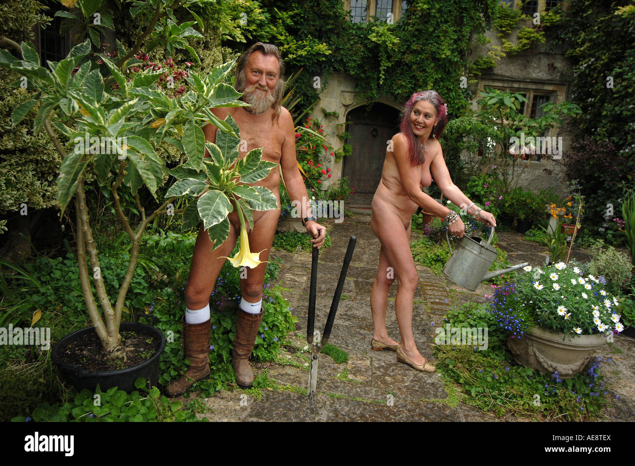 Ian and Barbara Pollard The Naked Gardeners pictured at home at the ...