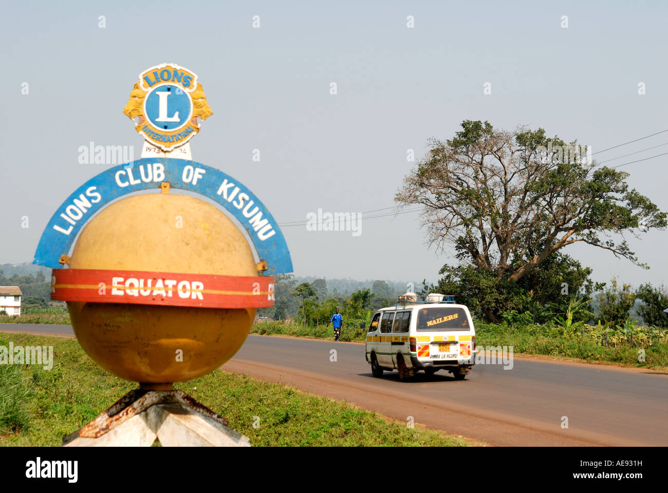 Sign to mark the equator at the side of the road in Maseno Kenya East Africa - Stock Image