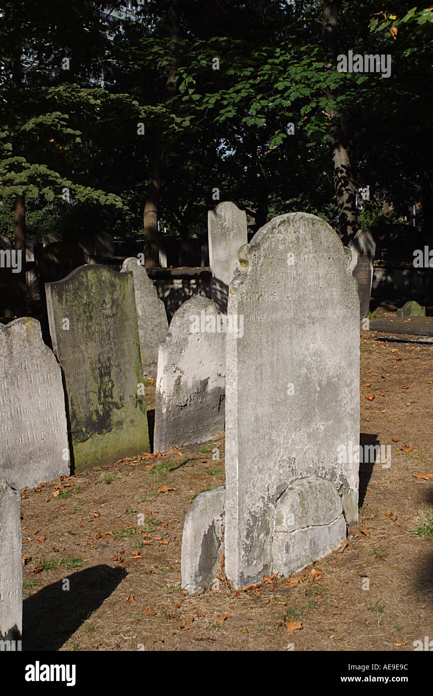 Bunhill Fields Burial Grounds in London founded in the 17th century - Stock Image