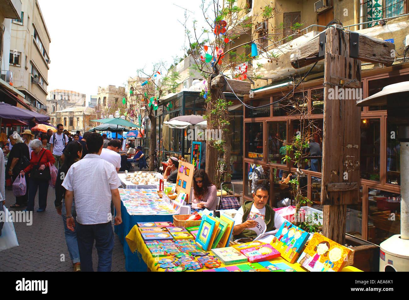 The weekly tel aviv arts and crafts fair nachlat binyamin for Arts and crafts fairs