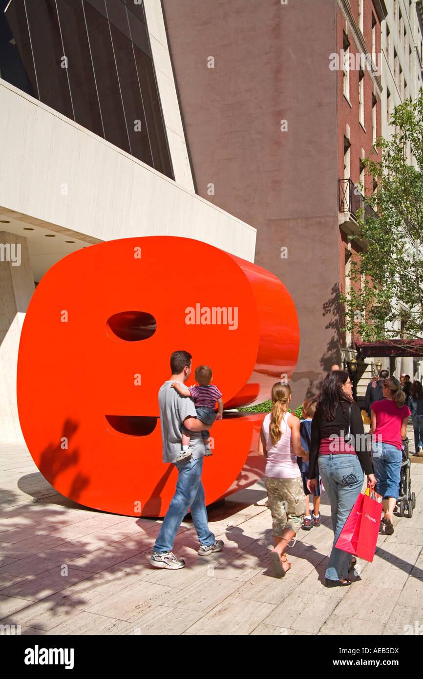 Ivan Chermayeff s Red 9 sculpture Nine West 57th Street Midtown Manhattan New York City New York USA - Stock Image
