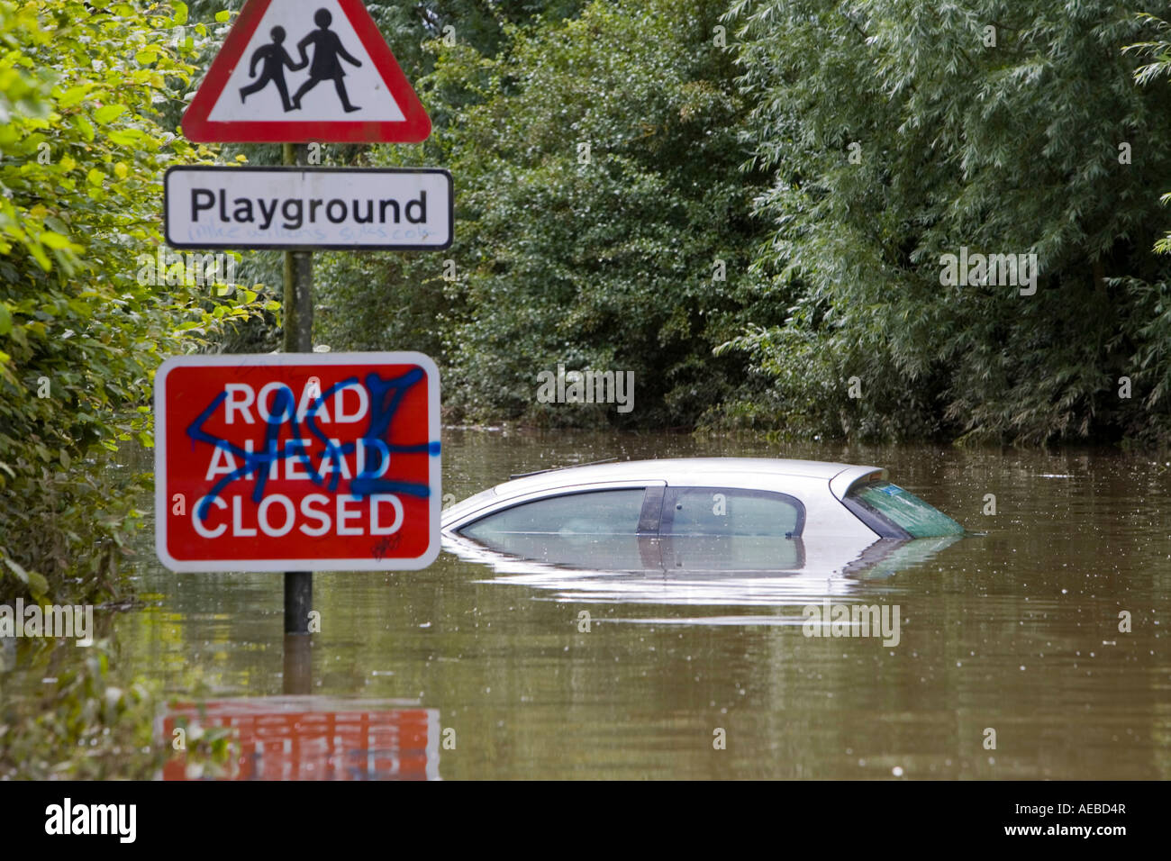 Flooded car in Tewkesbury - Stock Image