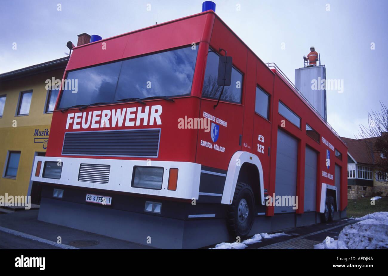 biggest fire brigade car of the world fire brigade house stock photo 7800537 alamy. Black Bedroom Furniture Sets. Home Design Ideas