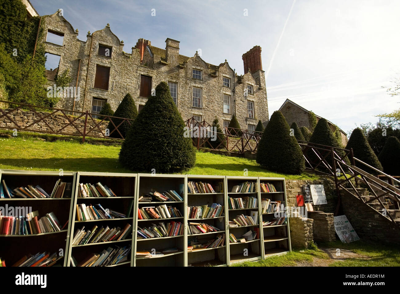 UK Wales Powys Hay on Wye Hay Castle outdoor bookshop - Stock Image