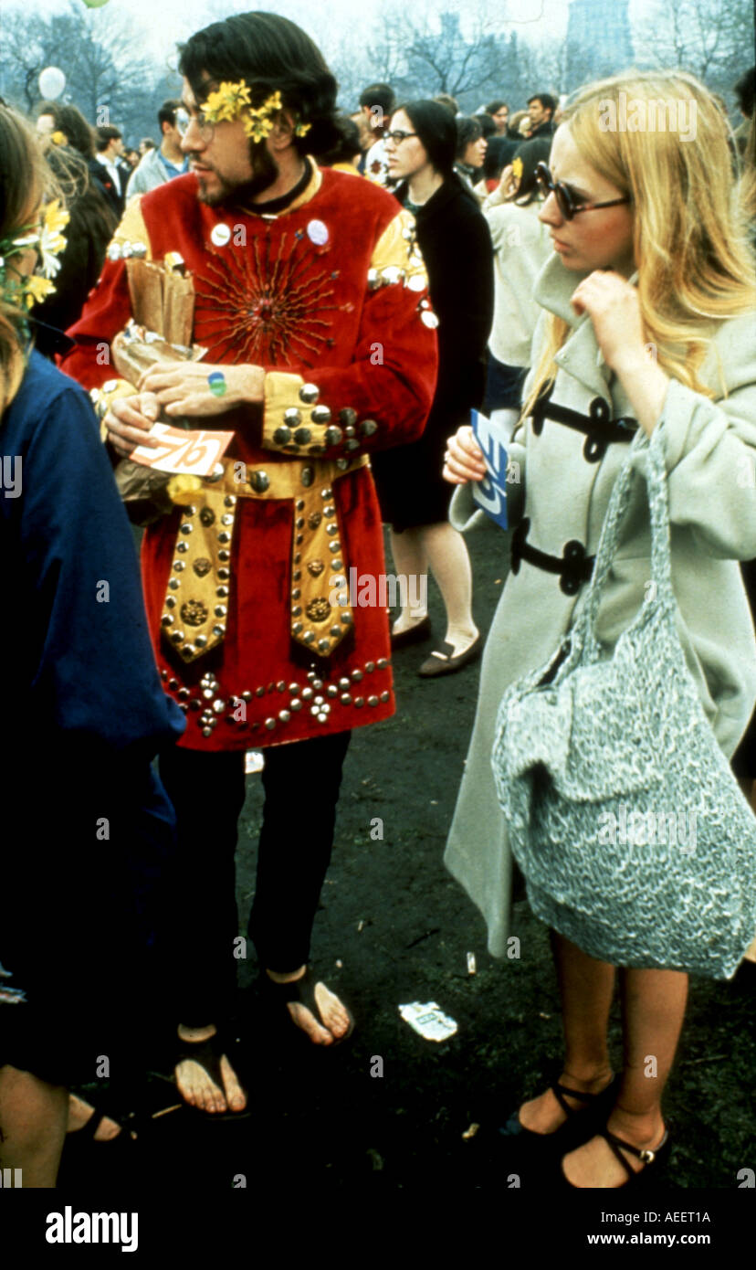 60s Flower Power Hippies High Resolution Stock Photography And Images Alamy
