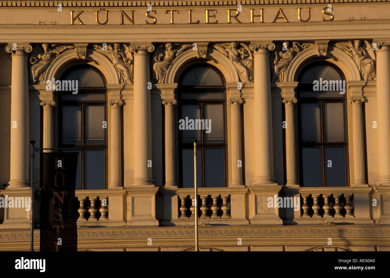 building art house Kuenstlerhaus Vienna - Stock Image