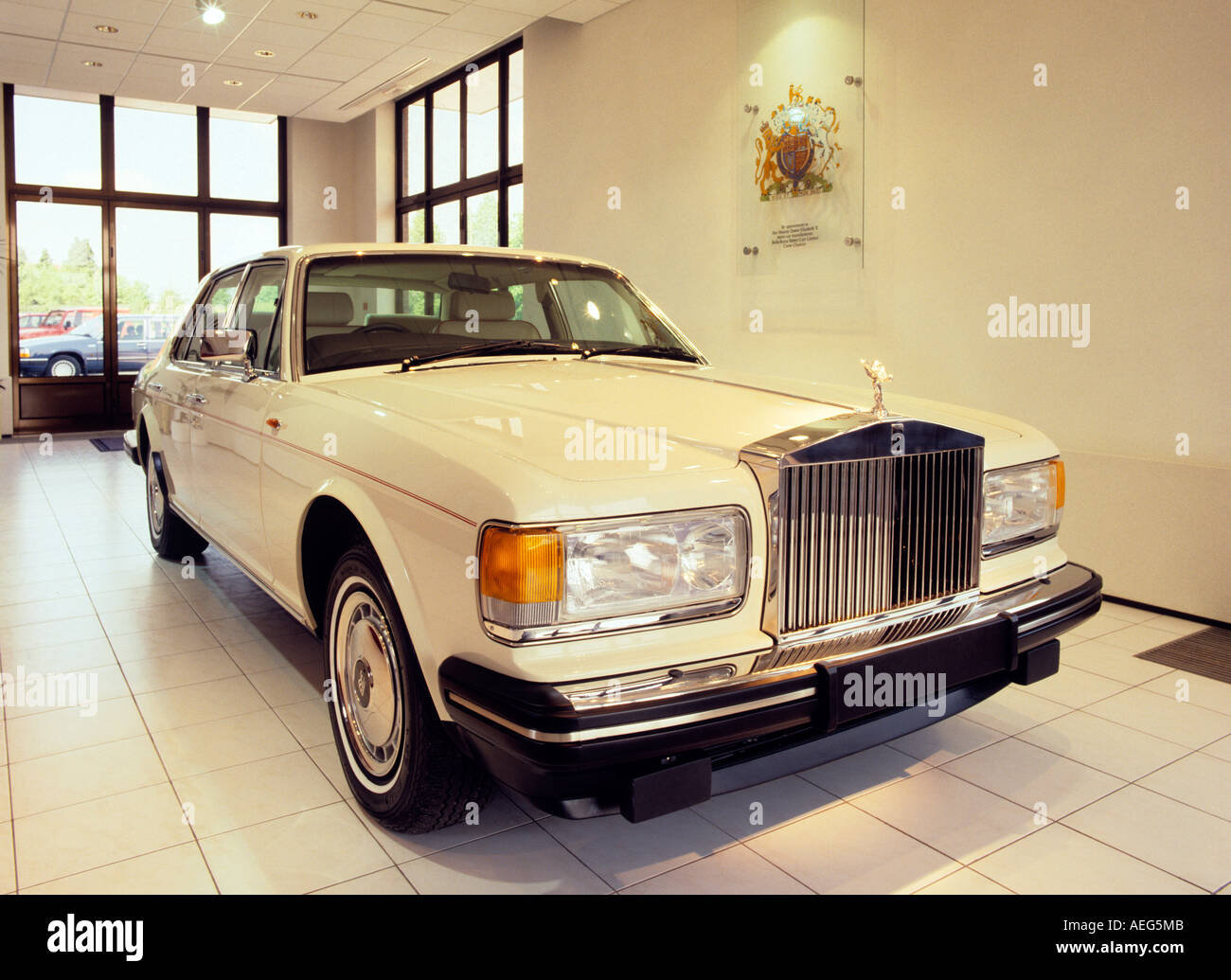 Cheshire Crewe Car making history Rolls Royce factory foyer 1990s car - Stock Image