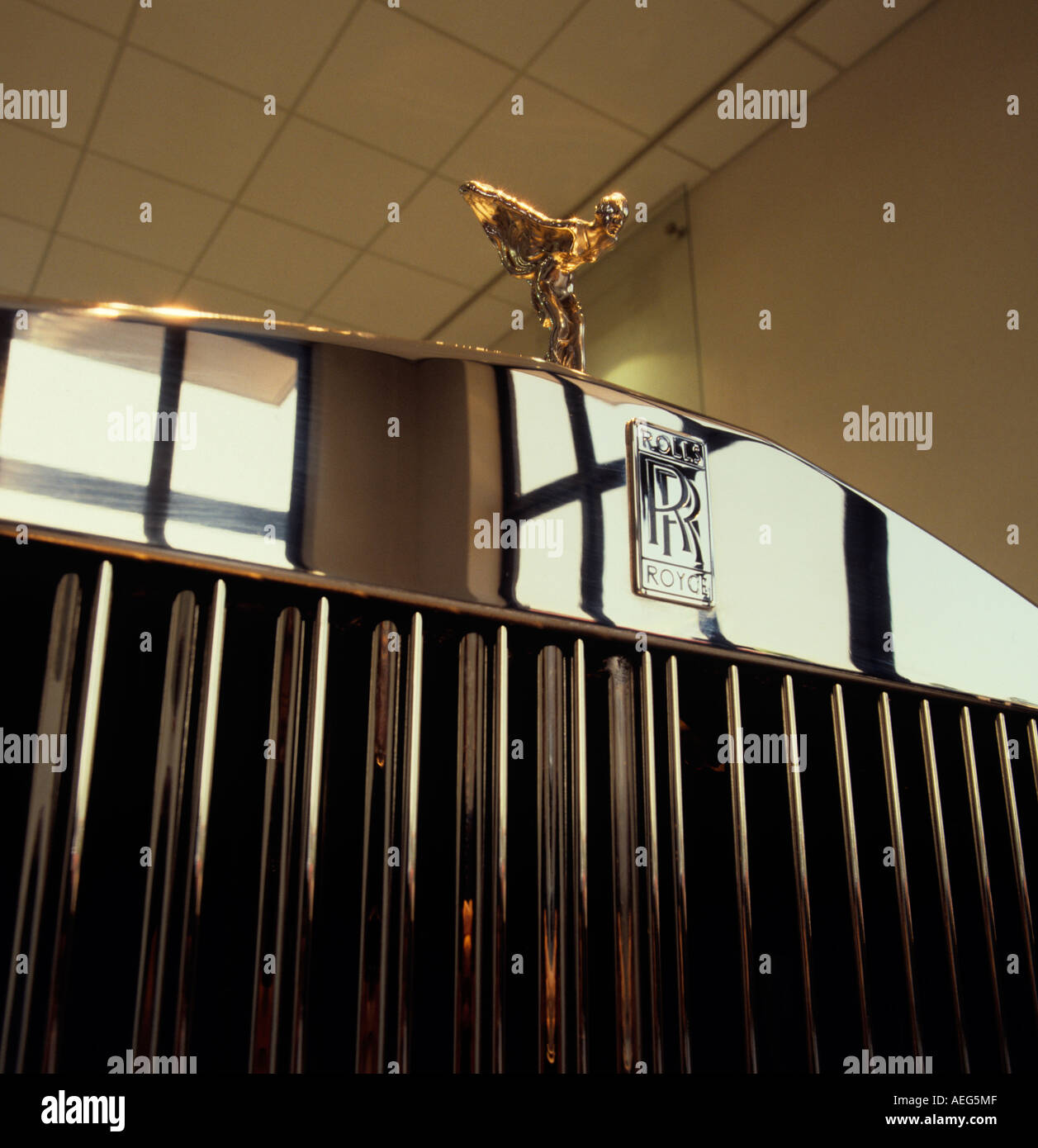 Cheshire Crewe Car Making history Rolls Royce factory foyer 1990s radiator of car - Stock Image