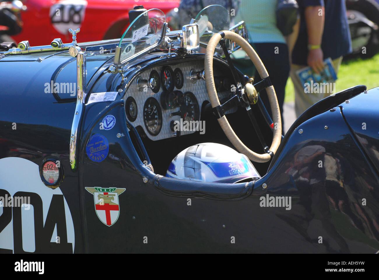 1927 1928 4398 Cc Bentley 3/4.5 Sports 2 Seater At The 2007 Vintage Sports  Car Club Prescott Speed Hill Climb
