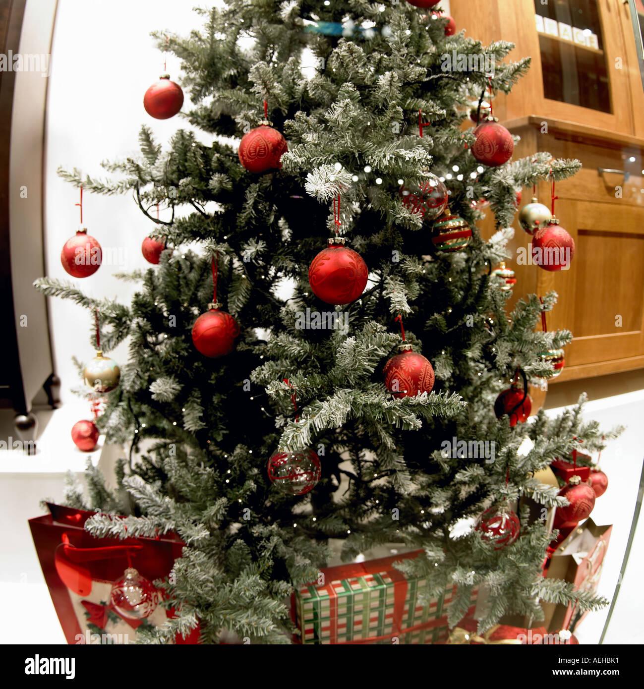 Christmas tree, shop window, Manchester England Stock Photo