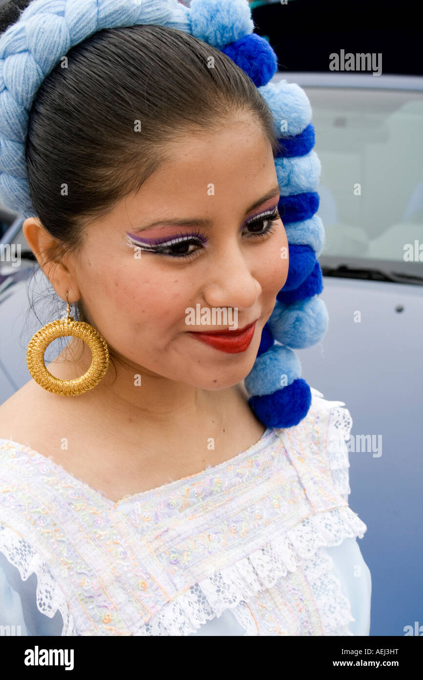 Pretty Mexican Woman Stock Photos & Pretty Mexican Woman