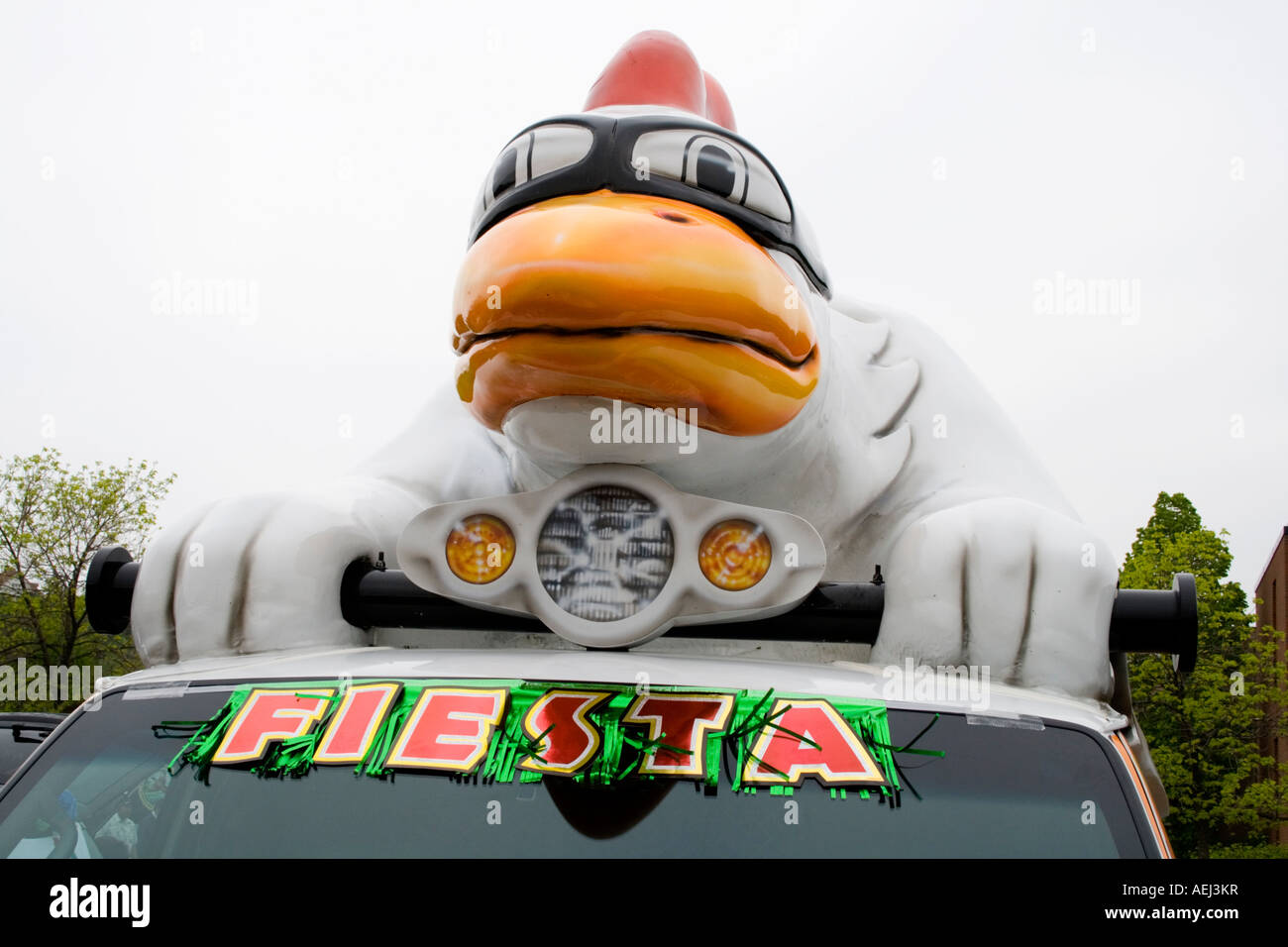Goldn Plump Chicken participating in the parade. Cinco de Mayo Fiesta. 'St Paul' Minnesota USA - Stock Image