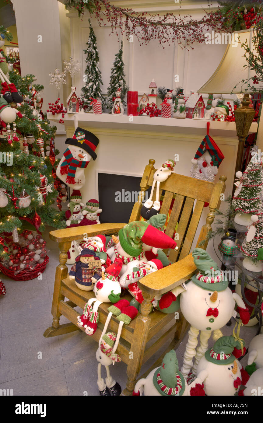 Astounding Christmas Decorations On Fireplace Mantle With Rocking Chair Machost Co Dining Chair Design Ideas Machostcouk