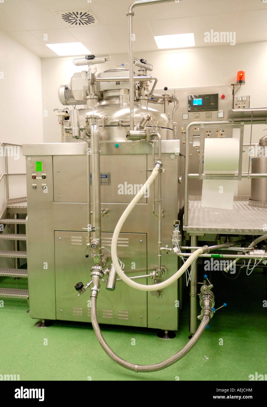 Blender Becomix RW 1200 for the manufacturing of semisolid and liquid pharmaceutics and comsetical products - Stock Image