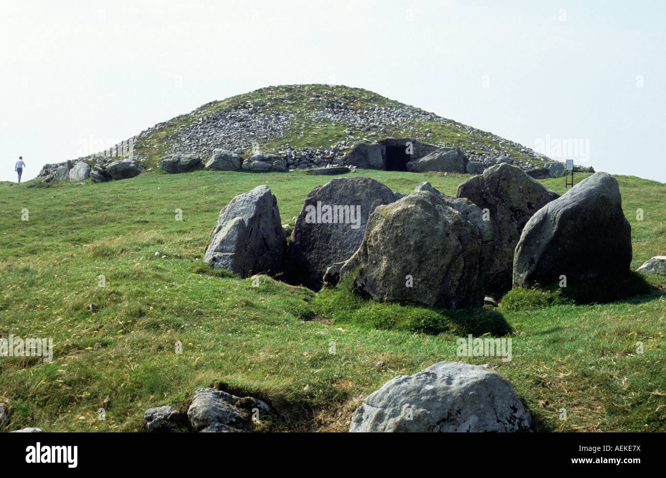 Slieve na Calliagh Hill of Witches passage grave prehistoric Cairn T County Meath - Stock Image