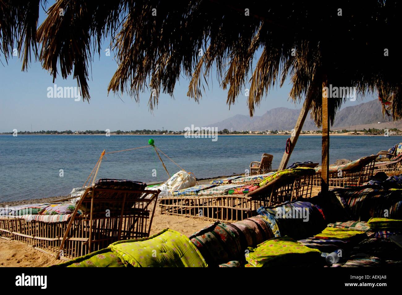 View of Nuweiba Tarabin beach in Nuweiba also spelled: Nueiba a coastal town in the eastern part of Sinai Peninsula, Egypt - Stock Image